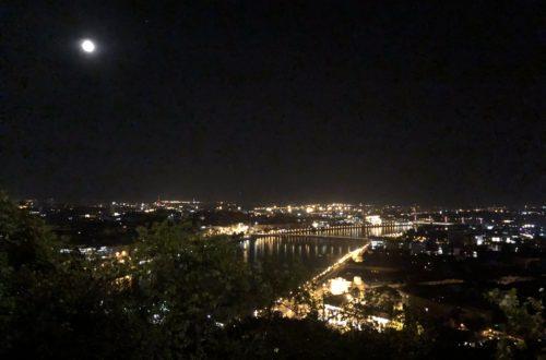 Ausblick auf Budapest bei Nacht