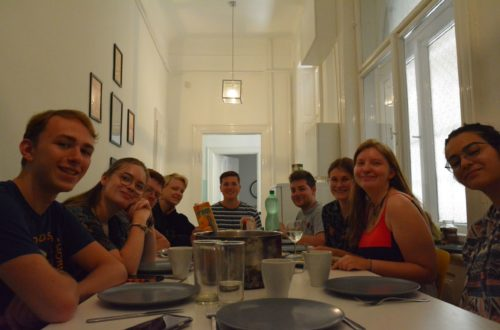 gemeinsames Essen in Budapest