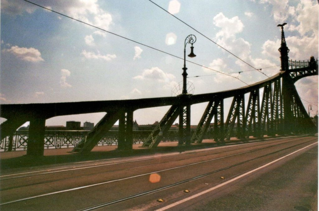 Analog Film Budapest Freiheitsbrücke